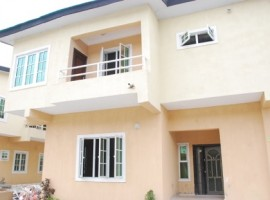BRAND NEW 2 UNITS OF 4 BEDROOMS APARTMENT