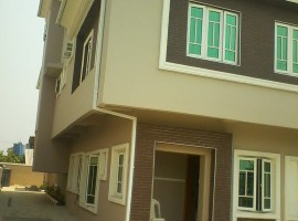 4 bedroom semi-detached duplex on Audu Epegha street Lekki Phase 1